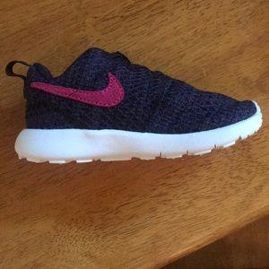 Nike toddler girls shoes